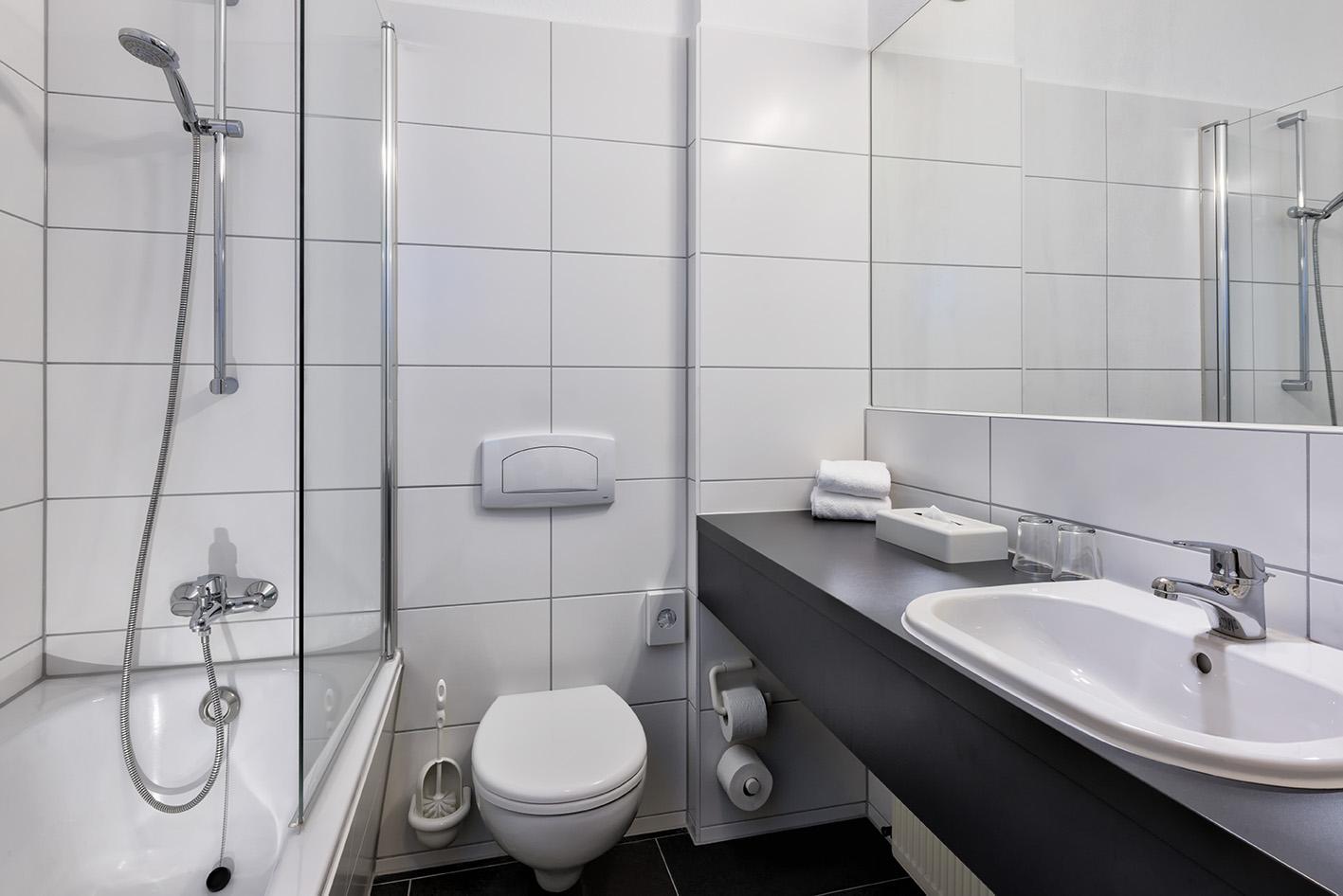 Badezimmer Braunschweig, hotelzimmer in braunschweig | best western braunschweig, Design ideen